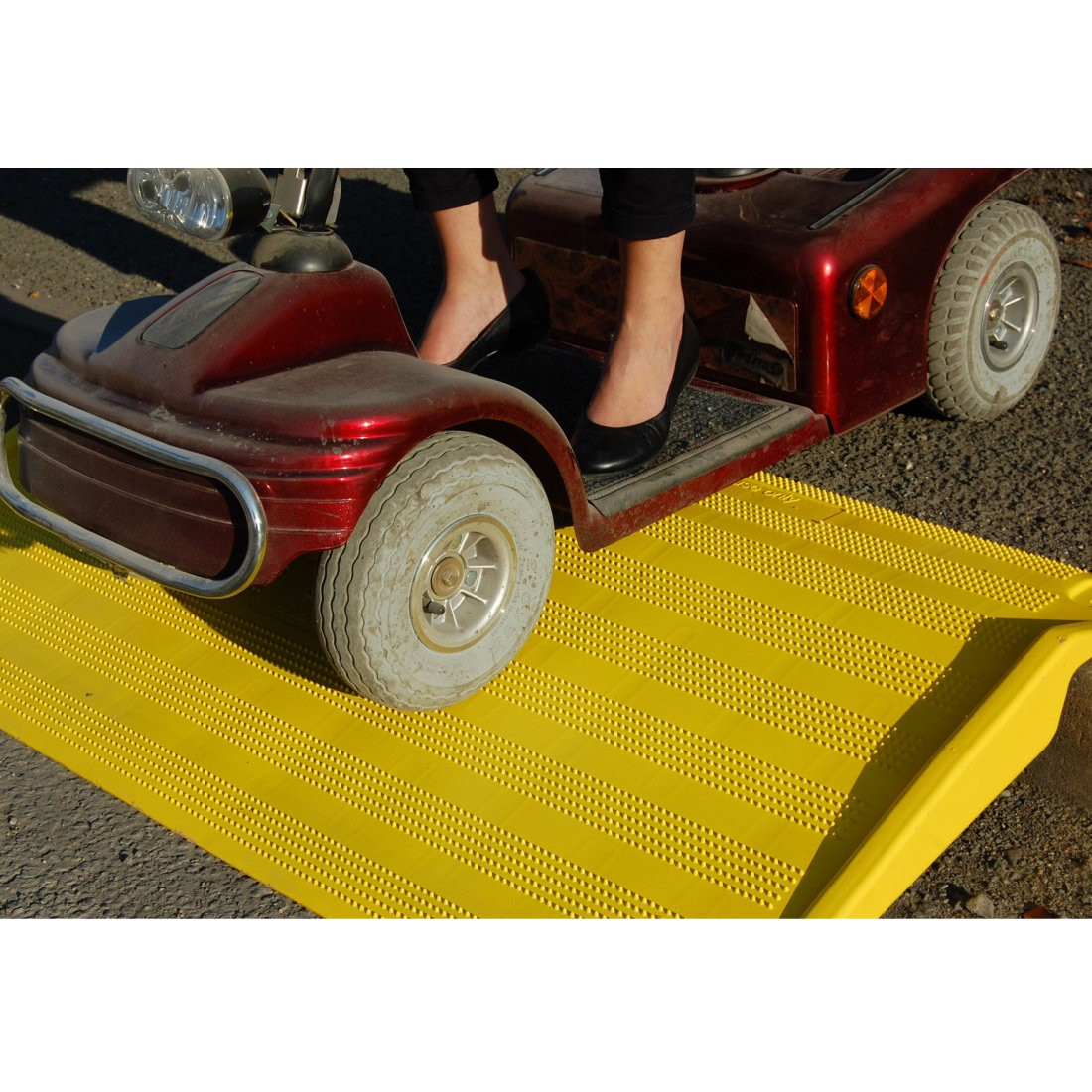 Safe Kerb Ramp - Yellow - Pallet of 20