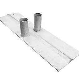 Twin Metal Feet for Metal Barriers