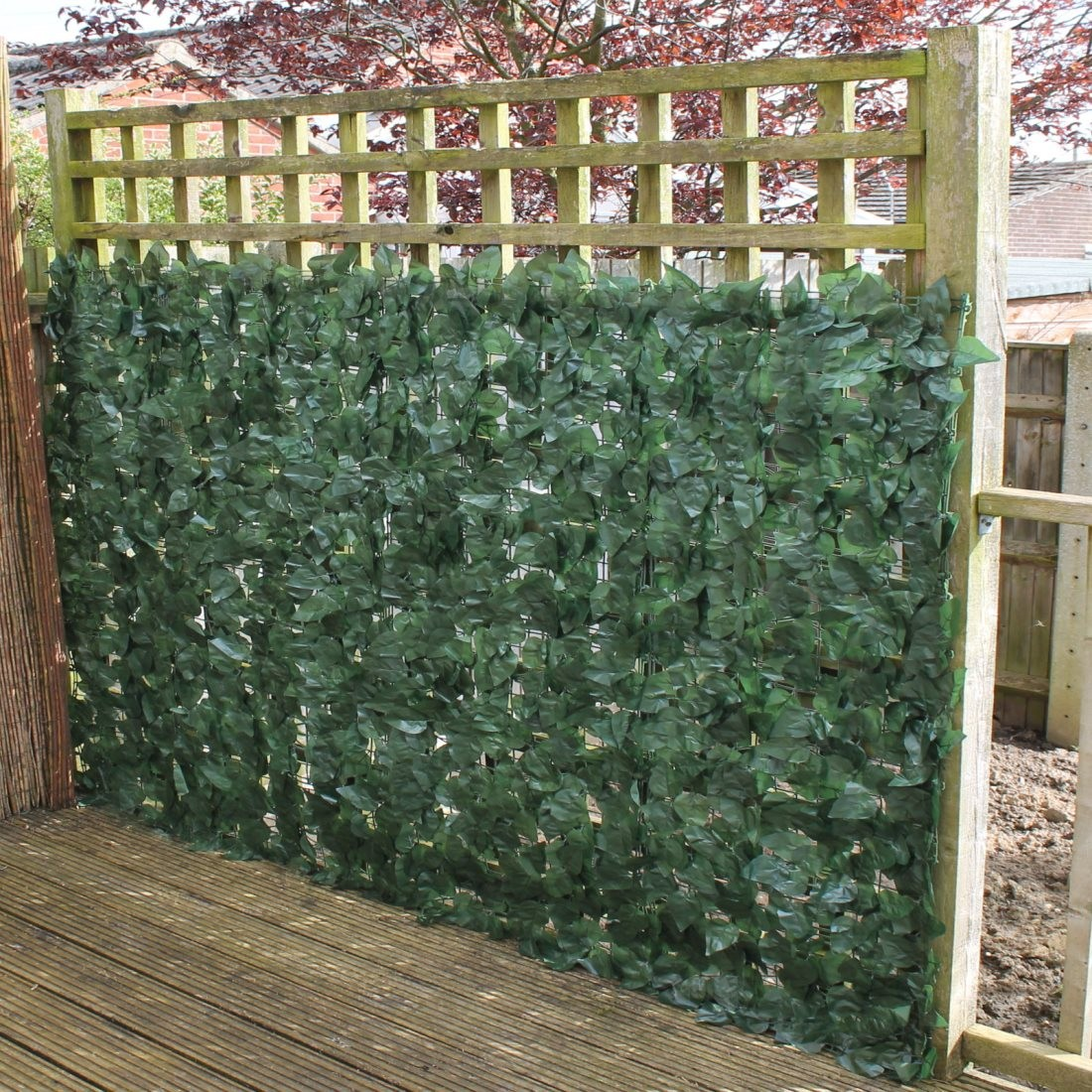 artificial ivy leaf hedge panels on a roll privacy