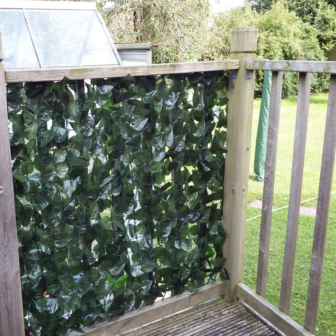 True 2 Colour Artificial Ivy Hedge Screening 3m Long