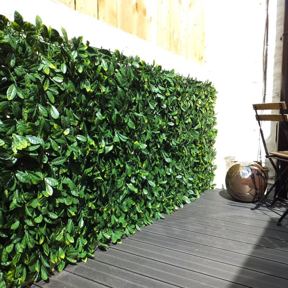 Pack Of 4 Artificial Laurel Leaf Hedge Panels 500mm X 500mm
