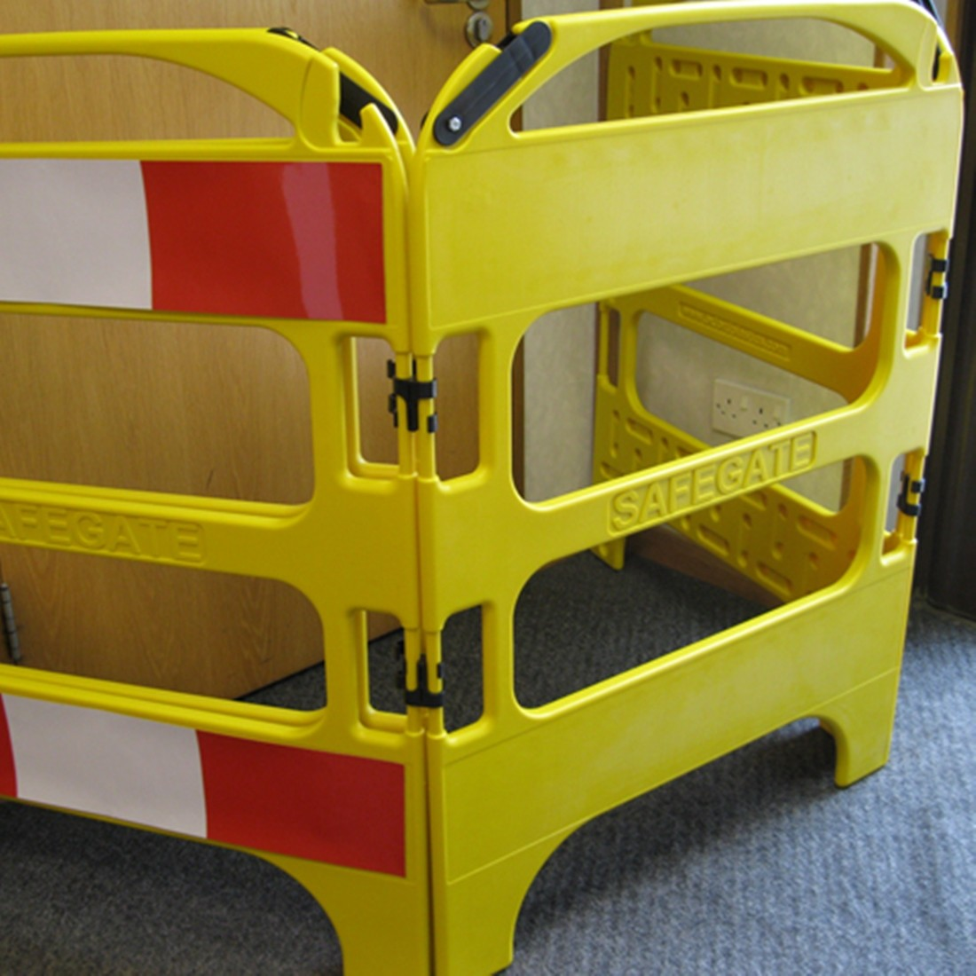 Oxford Safegate Folding Communication Manhole Plastic Barrier - Yellow